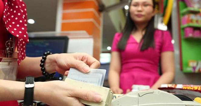 Giao dịch khống từ thẻ tín dụng
