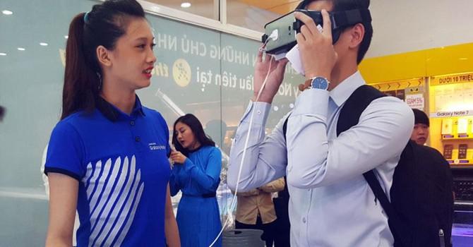 Chọn mua kính thực tế ảo xem phim: Chớ ham của rẻ