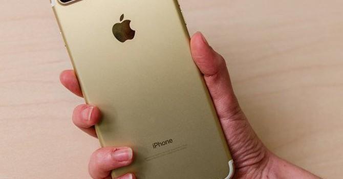 iPhone sắp cán mốc doanh số 1 nghìn tỷ USD