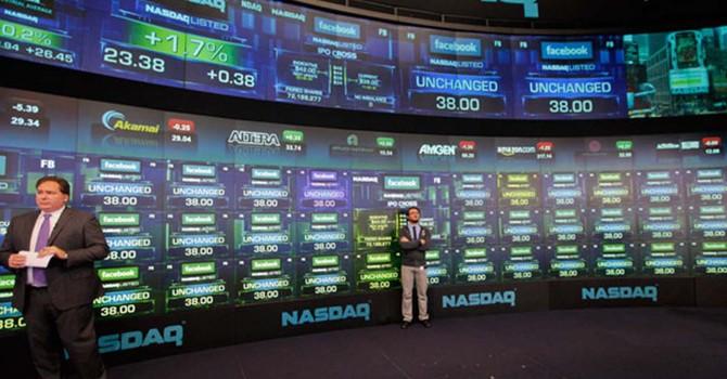 """Cổ phiếu công nghệ vẫn rất """"nóng"""""""
