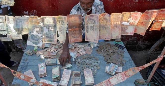 11 tỷ phú Ấn Độ biến mất vì lệnh đổi tiền