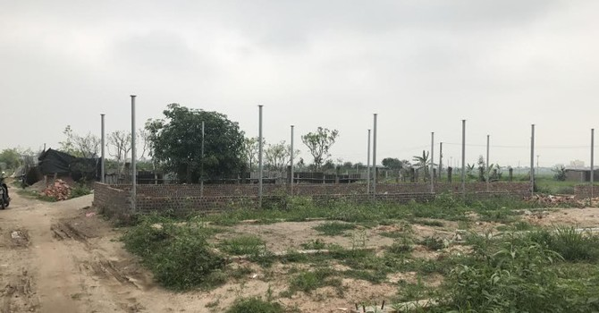 Xây nhà trái phép tràn lan trên đất nông nghiệp ở Hà Nội