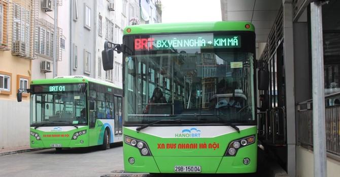 Xe buýt nhanh BRT: Đầu tư nghìn tỷ không hiệu quả, ai chịu trách nhiệm?