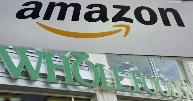 """Lịch sử """"phá hoại"""" và lý do nhiều ông lớn bán lẻ thực phẩm khiếp sợ Amazon"""