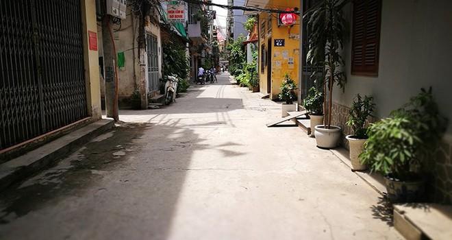 """Hà Nội: Đường chưa hỏng đã bị """"cưỡng bức"""" cải tạo"""