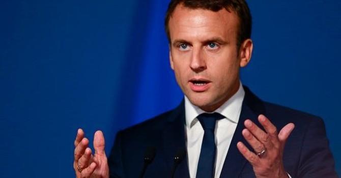 Sóng gió chính trường Pháp khi 4 bộ trưởng từ chức trong 48 giờ