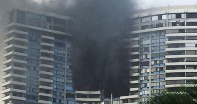 Cháy chung cư 36 tầng ở Mỹ, ba người chết