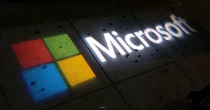 Smartphone - mảnh đất khó xơi của Microsoft!