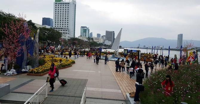 Đà Nẵng: Đón hơn 212 nghìn lượt khách dịp Tết Bính Thân