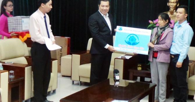 Đà Nẵng: Trao căn hộ cho thân nhân liệt sĩ đảo Gạc Ma