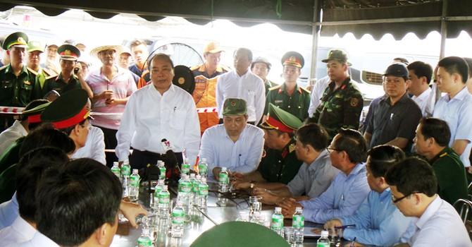 Thủ tướng: Tai nạn lật tàu ở Đà Nẵng là vụ việc nghiêm trọng