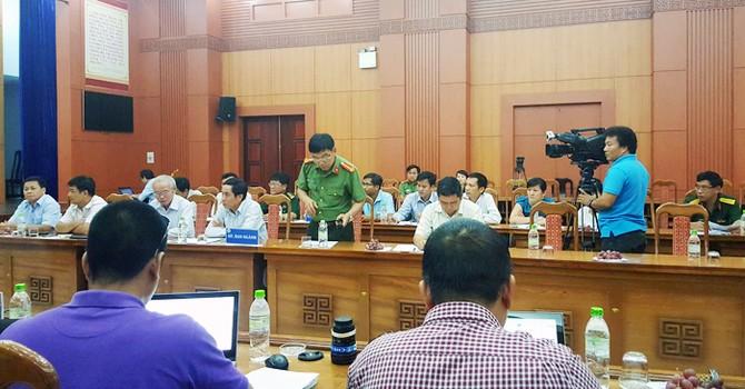 Quảng Nam: Nước lũ mạnh làm vỡ cửa van thủy điện Sông Bung 2