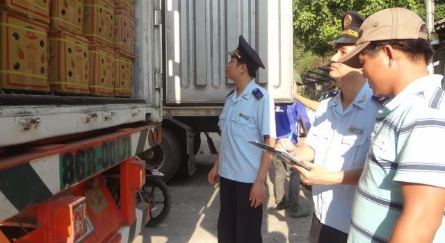 Nhập siêu từ Trung Quốc: Nhìn từ cửa khẩu