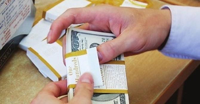 Tài chính 24h: Tỷ giá USD/VND biến động mạnh, thị trường vàng lặng sóng