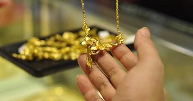 """Tài chính 24h: Doanh nghiệp vàng đang """"móc túi"""" người tiêu dùng bằng chiêu trò gì?"""