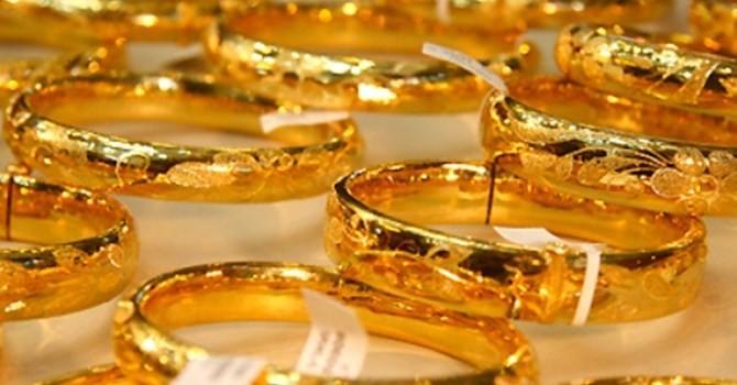 Tài chính 24h: Giá vàng đứt mạch tăng, USD rục rịch giảm