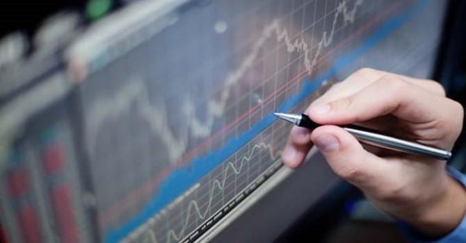 Trước giờ giao dịch 3/7: Tâm điểm là nhóm ngân hàng và chứng khoán