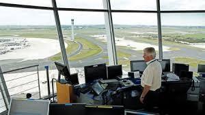 Pháp hủy 40% chuyến bay do nhân viên không lưu đình công