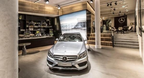 Marketing kiểu Mercedes: Không đánh trận một mình nữa!