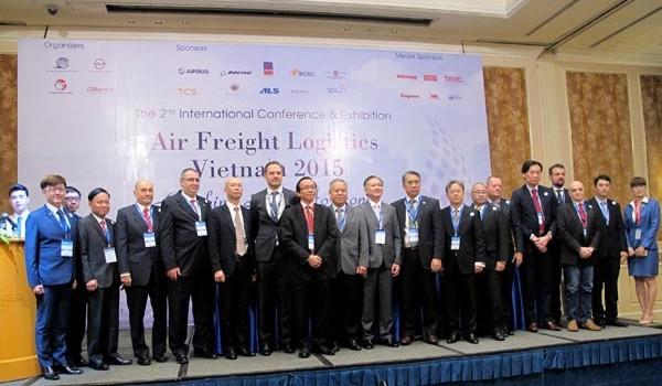 """Vận tải hàng không Việt Nam: Nhiều cơ hội để ... """"cất cánh"""""""