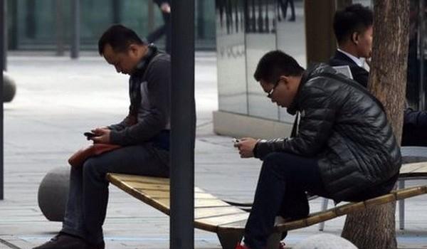 Doanh số smartphone tại Trung Quốc giảm lần đầu trong 6 năm
