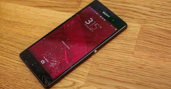 Hai nhược điểm phổ biến trên hầu hết các smartphone hiện nay