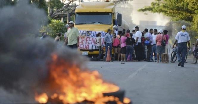 Trung Quốc ngầm chống lưng doanh nghiệp đào kênh