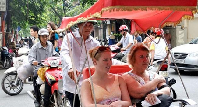 Lượng khách du lịch quốc tế đến Hà Nội tăng trưởng thấp