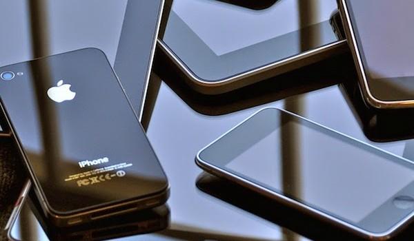 Apple bán ít nhưng thu tiền nhiều tại Việt Nam