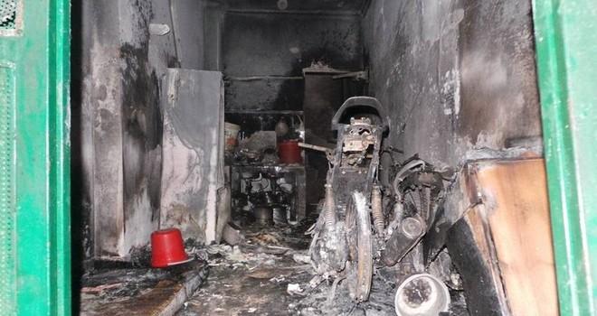 Hà Nội: Nhà bốc cháy trong đêm, 5 người trong gia đình tử vong