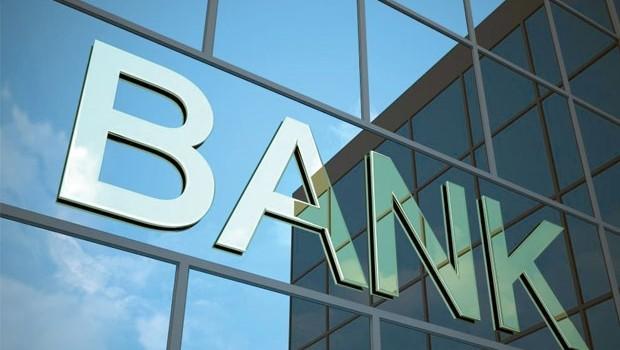 Sở hữu chéo ngân hàng: Nên sớm xóa sổ?