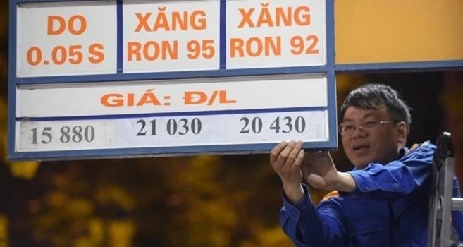 Sắp đến chu kỳ, giá xăng tăng hay giảm?
