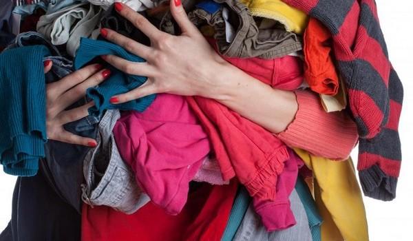 Vén ngành công nghiệp quần áo thải