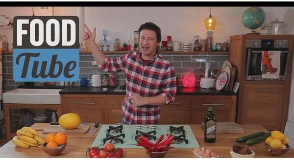 Làm sao để kiếm bộn tiền từ dạy nấu ăn trên YouTube?