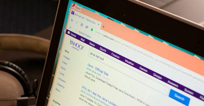 """Yahoo giở """"chiêu"""" để lôi kéo người dùng"""