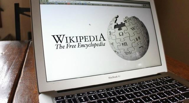 """""""Mua đứt"""" Wikipedia chỉ với giá nửa triệu USD"""