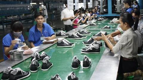 """Tìm """"đường"""" xuất khẩu da giày"""