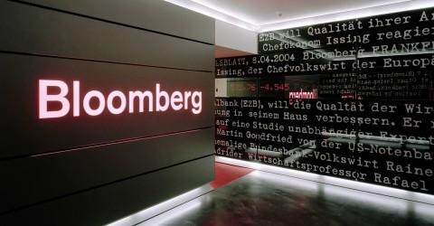 Bloomberg: Việt Nam sẽ đứng Top 3 tăng trưởng GDP