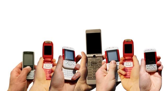 Đi tìm chiếc điện thoại rẻ nhất Việt Nam?