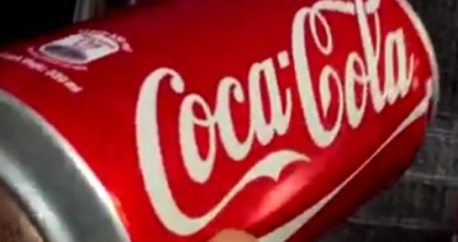 """Lon Coca lạ: """"Không dại giẫm vào vết xe đổ như vụ Tân Hiệp Phát"""""""