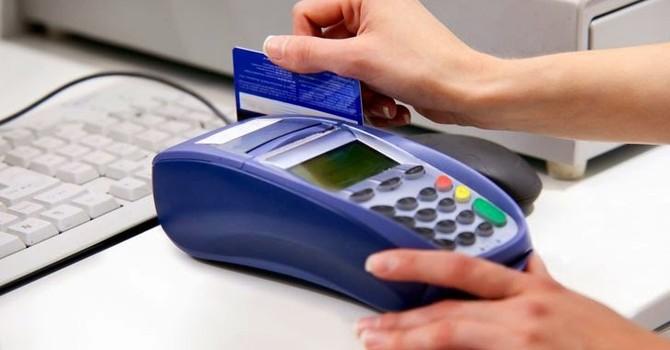 Quẹt thẻ thanh toán bị chém đẹp thêm 10%