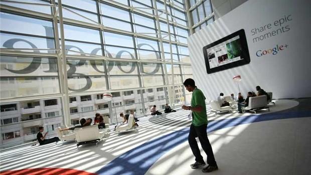 Google: Tìm kiếm mô hình tương lai