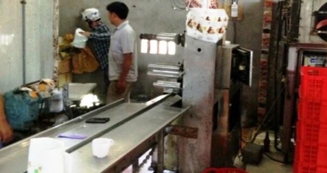 Nghệ An: Bắt một lò chuyên làm kem giả