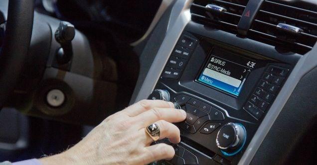 Phí tiền trang bị công nghệ cho ôtô?