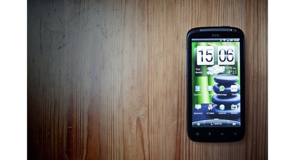 [Infographic] Nghiệp kinh doanh thăng trầm của HTC