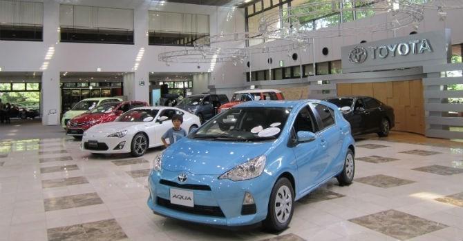 Doanh số bán hàng của Toyota Việt Nam sụt giảm mạnh trong tháng 8