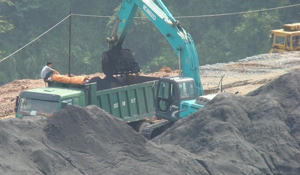 Tồn đọng hơn 300.000 tấn khoáng sản ở Hà Giang: Nguyên nhân do đâu?
