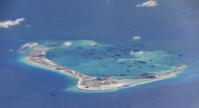 Đảo nhân tạo của Trung Quốc tàn phá rạn san hô ở Biển Đông