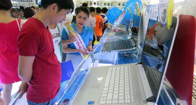 """Đại gia điện máy chạy đua mở điểm bán mới đón """"sóng"""" cuối năm"""