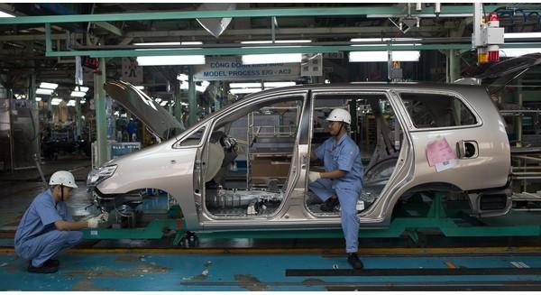 """Toyota - Đế chế ô tô xuất thân từ hãng dệt đang """"làm mưa làm gió"""" tại Việt Nam"""